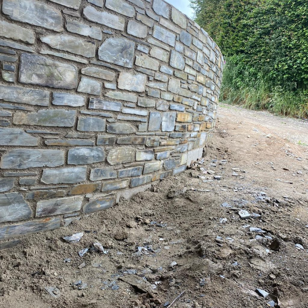 stone curved garden wall